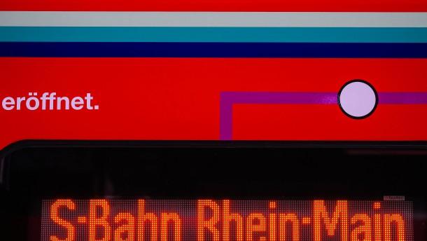 Viele S-Bahnen in und um Frankfurt verspätet