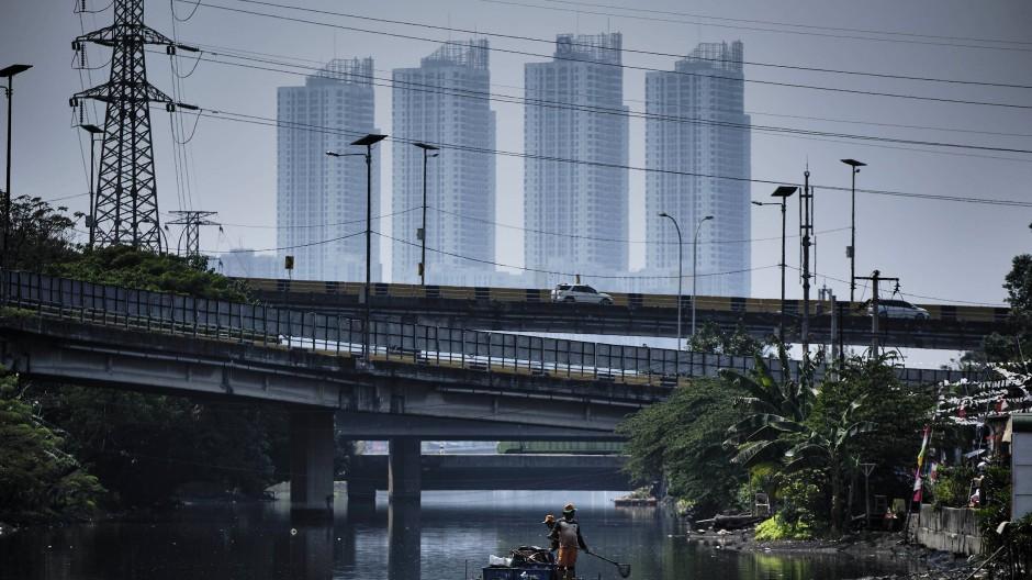 Indonesiens Hauptstadt Jakarta liegt unter dem Meeresspiegel.