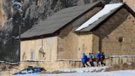 Sechs Skiwanderer von Lawine getötet