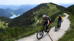 Streit um E-Mountainbikes in den bayerischen Alpen
