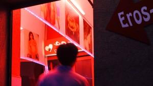 Die Spur ins Rotlichtmilieu gilt noch nicht als heiß