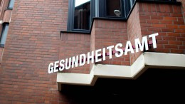 """Infektionsketten in NRW """"unterbrechen"""""""
