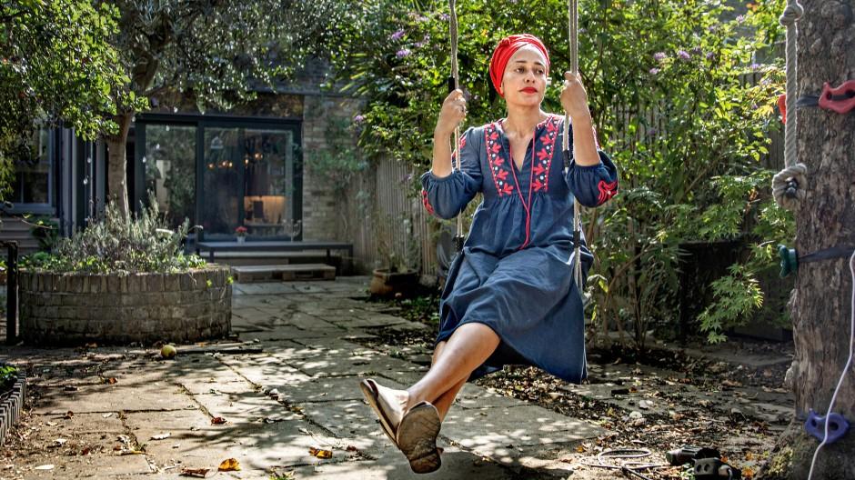 Zadie Smith bei sich zu Hause im Londoner Stadtteil Kilburn