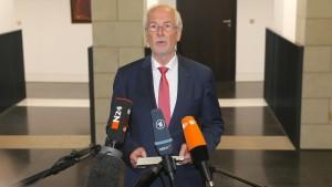 """Range kritisiert """"Eingriff in die Unabhängigkeit der Justiz"""""""