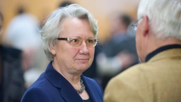 Bundesbildungsministerin Schavan kandidiert bei Nominierungsversammlung ihres CDU-Kreisverbands