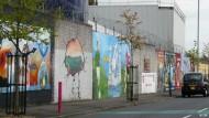 Nordirland: Im Schutz der Mauern