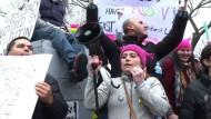 Frauen fürchten um ihre Rechte
