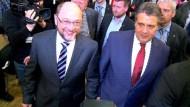 Schulz würdigt Gabriel bei gemeinsamem Auftritt