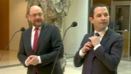 Schulz als Wahlkampfhelfer für Frankreichs Sozialisten