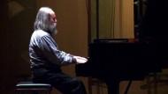 Schnellster Pianist spielt 19 Töne pro Sekunde