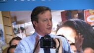 Cameron gibt Gas im Wahlkampf-Endspurt