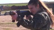 Christliche Kämpferinnen im Einsatz gegen den IS