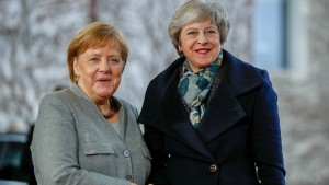 May reist nach Berlin