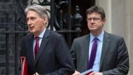 Philip Hammond (links) und Greg Clark sind die Gemäßigten im hektischen London dieser Tage.