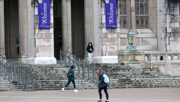 Mehrere amerikanische Universitäten unterrichten online