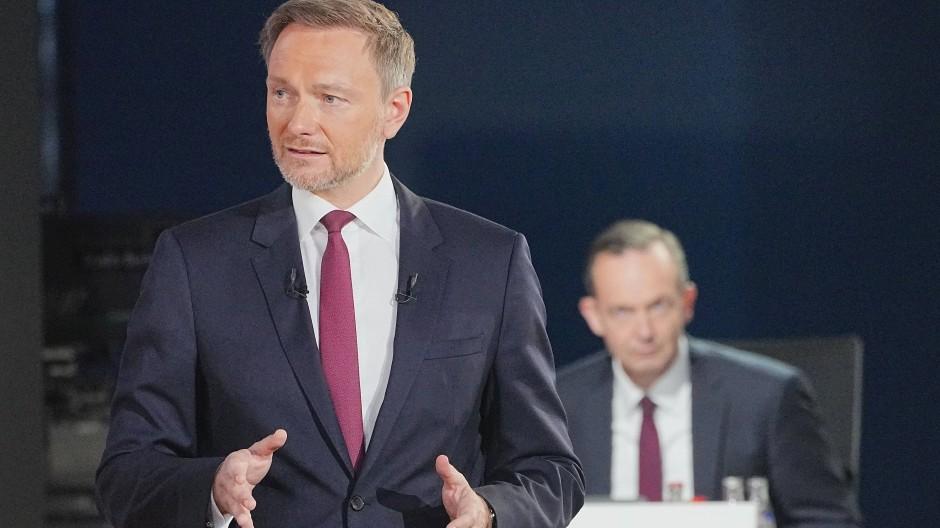 FDP-Chef Christian Lindner (l.) und Generalskretär Volker Wissing beim Bundesparteitag der FDP an diesem Wochenende