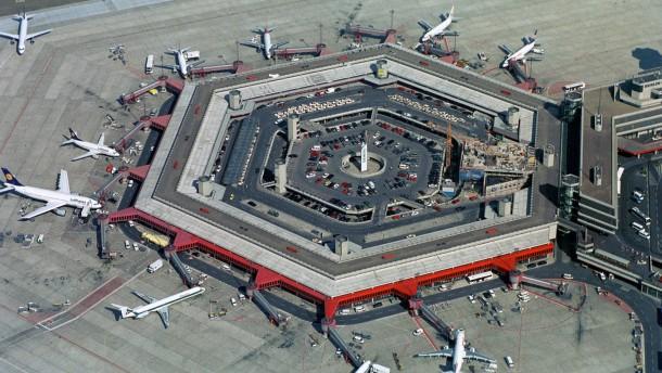Areal des Flughafens Berlin - Tegel