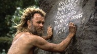 """Für diese Rolle hätte es eigentlich einen Oscar geben müssen: Tom Hanks als einsamer Schiffbrüchiger in """"Cast Away"""" (2000)."""