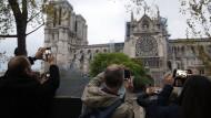 Nach dem Brand der französischen Kathedrale Notre-Dame war das Interesse am Katholizismus auf einmal wieder groß.