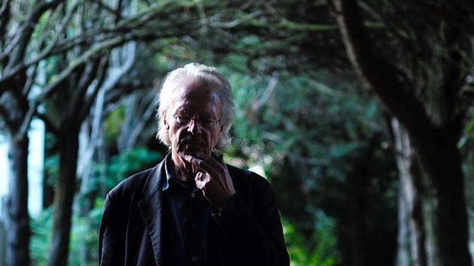 Der Nobelpreisträger Peter Handke vor einer Woche in Chaville bei Paris