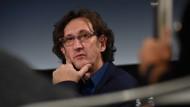 Die Vereinbarung sei ein Schritt zur Sicherung der Qualität des öffentlich-rechtlichen Rundfunks, sagt Peter Henning, Verhandlungsführer der Drehbuchverbände.