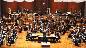 Zwei Orchester minus eines ist keines