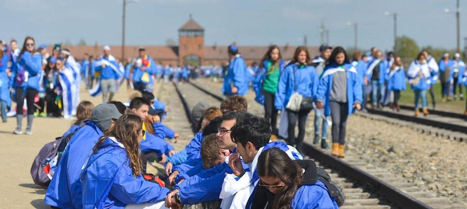 Auschwitz Morgen Navid Kermani über Die Zukunft Der Erinnerung