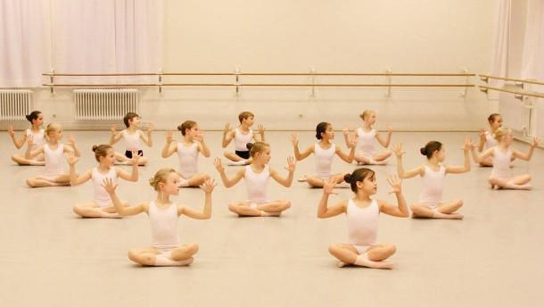 Wozu Ballettunterricht?