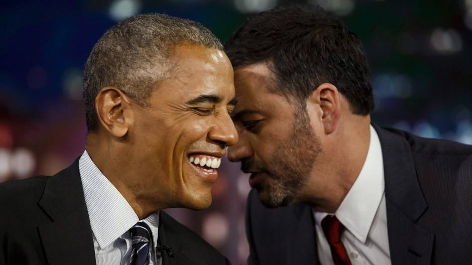 Komiker Jimmy Kimmel in seiner Late-Night-Show mit Barack Obama