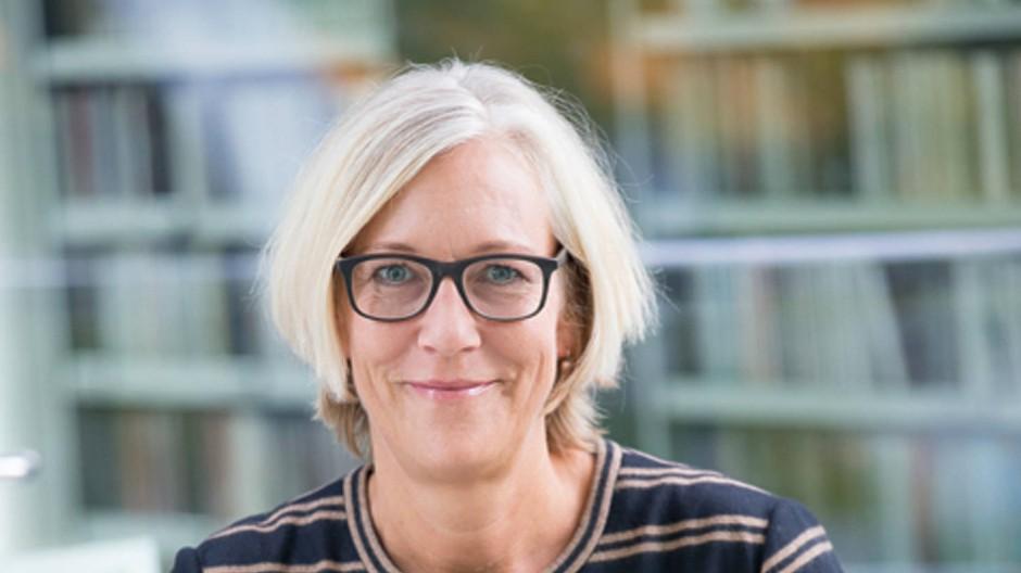 Kommt von Random House, freut sich auf Rowohlt: Nicola Bartels