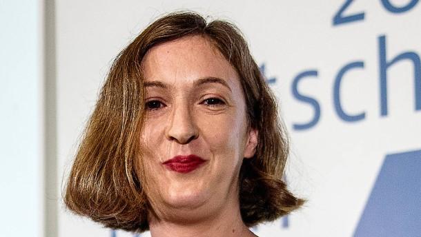 Inger-Maria Mahlke gewinnt in schwachem Finalisten-Jahrgang