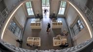 Was finden wir in Museen und Archiven - etwa im Goethe und Schiller-Archiv, dem ältesten seiner Art in Deutschland?