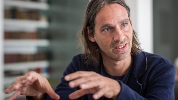 Richard David Precht - Der deutsche Philosoph und Publizist, ... - moralisch-essen-richard-david-precht-im-gespraech