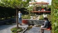 Für Menschen, die ihren Garten gerne besenrein haben: Musterbeet in Heilbronn.
