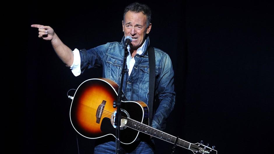 Am Broadway stand er ganz allein auf der Bühne, sämtliche Vorstellungen waren ausverkauft: Bruce Springsteen.
