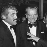 Berlinale-Chef Alfred Bauer Ende Juni 1975 zwischen Mario Adorf (l.) und Horst Buchholz in Cannes