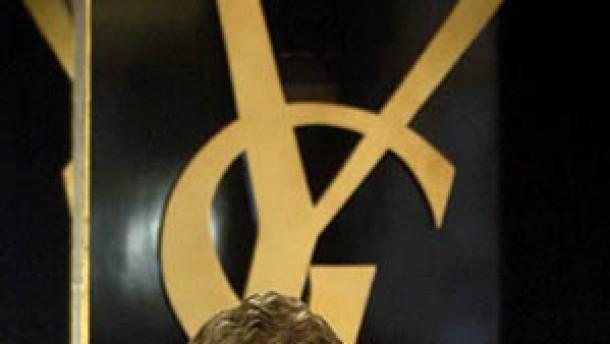 "Yves Saint Laurent sagt ""Adieu"""