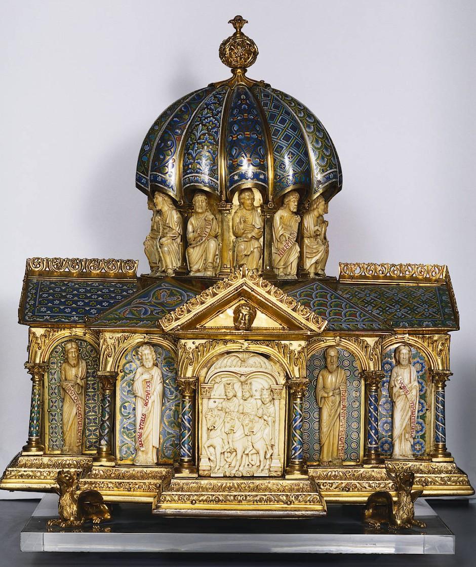 """Am 15. August 1879 sah Burckhardt im South Kensington Museum den """"Ankauf, der mir der erstaunlichste schien: für einen kleinen Reliquienkasten, bloß von vergoldetem Kupfer mit Email und Elfenbein"""", hatte man 2142 Pfund bezahlt. Das sogenannte Eltenberger Reliquiar gilt als Kölner Arbeit des zwölften Jahrhunderts."""