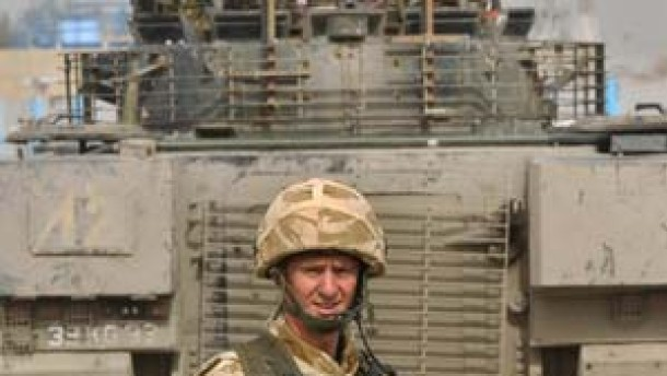 Blair kündet Teilabzug aus dem Irak an
