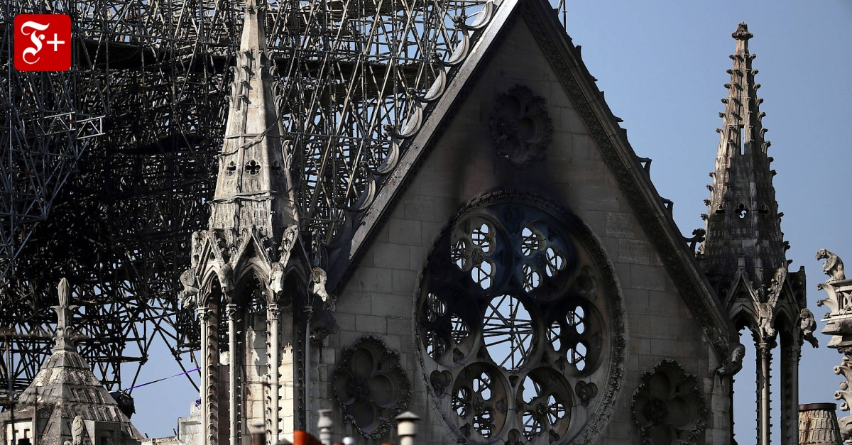 Notre Dame Brandstiftung