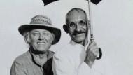 """Monumente der Kinogeschichte: Richard Attenborough und Ben Kingsley bei den Dreharbeiten zu """"Gandhi"""" (1982). Der Film gewann acht Oscars."""