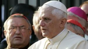 Lehmann haut den Papst raus