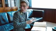 Dieser Jungspion verhindert den Weltkrieg?