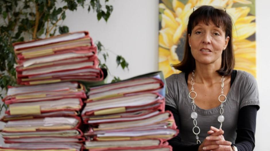 Eine Streitschrit als Vermächtnis: Jugendrichterin Kirsten Heisig an ihrem Arbeitsplatz im Amtsgericht Tiergarten in Berlin