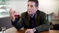 Angelo Bolaffi, geboren 1946, lehrt politische Philosophie an der römischen Universität La Sapienza und leitet das Italienische Kulturinstitut in Berlin.