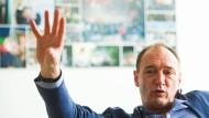 Findet Mut gut: Max Conze, ehemals Manager bei der Staubsaugerfirma Dyson, ist bei Pro 7 Sat.1 als neuer Chef angetreten.