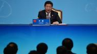 Der chinesische Präsident Xi Jinping hat gerne das Sagen - und mischt sich jetzt auch in die Akademie ein.