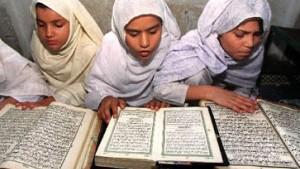Nicht nur der Koran ist vergriffen