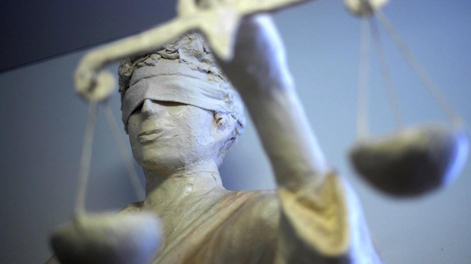 Beschneidung: Brauchtum gegen Rechtsstaat