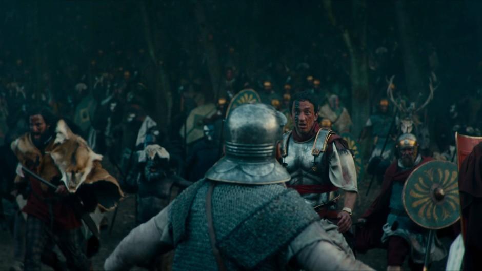 Römisch ist nur noch seine Rüstung: Arminius (Laurence Rupp) bei der Schlacht im Teutoburger Wald